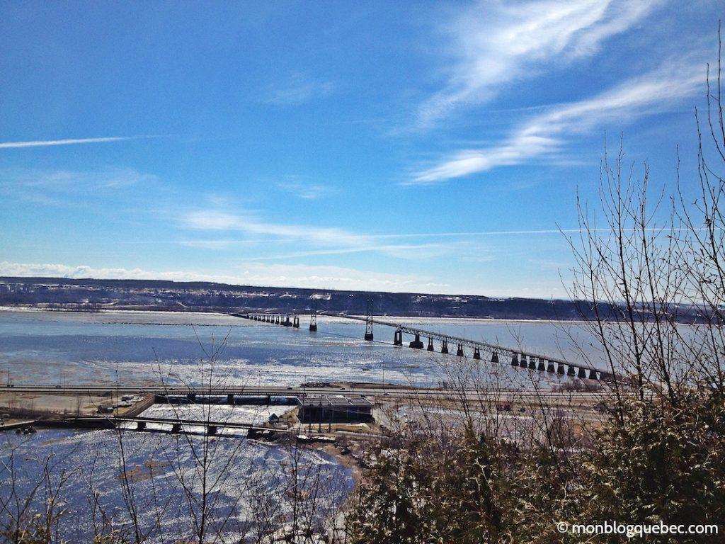 Découvrir Road Book à Québec Pont Ile d'Orleans monblogquebec
