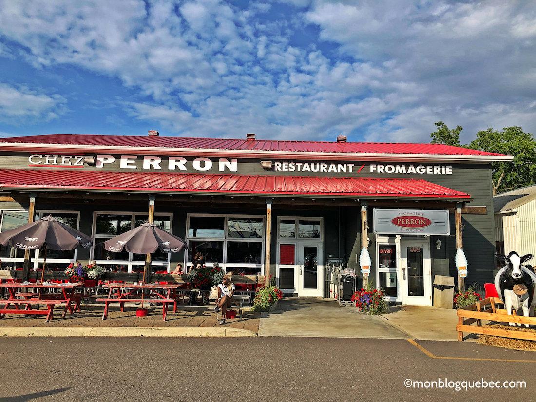 Voyage au Saguenay Lac Saint-Jean Fromagerie Perron