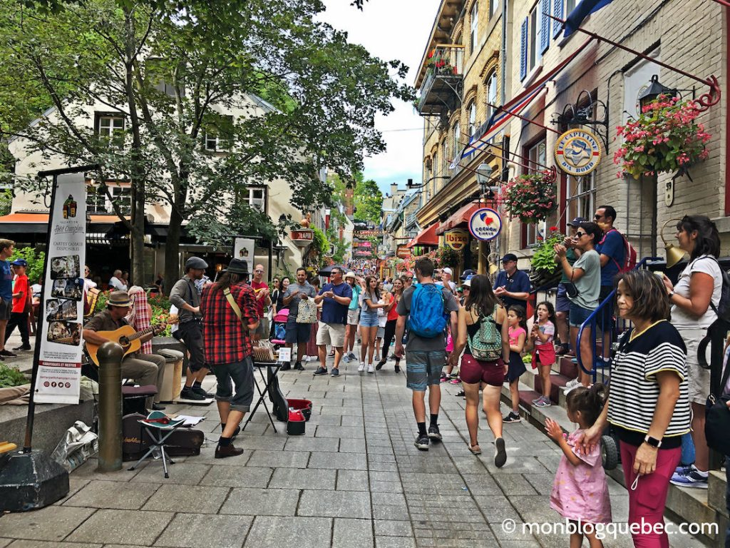 Québec animations de rues en été