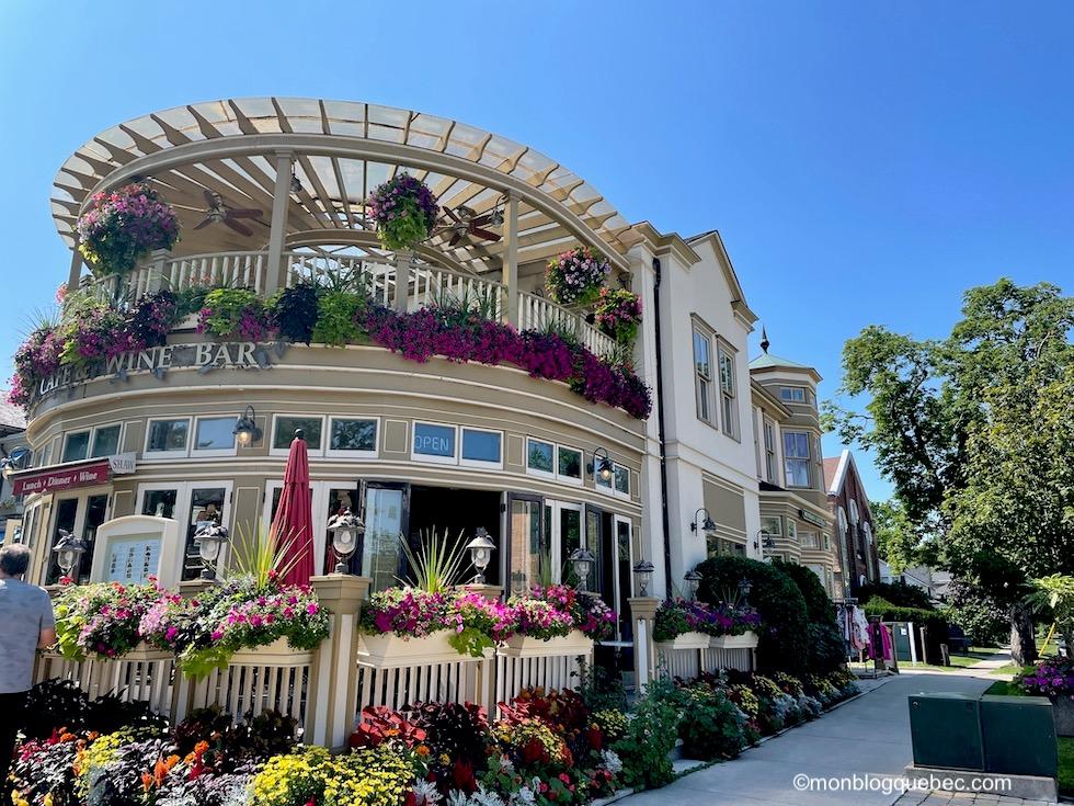 Incontournables en Ontario Niagara-on-the-lake Village fleuri