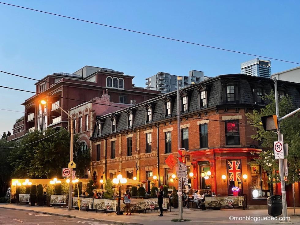 Incontournables en Ontario Toronto night